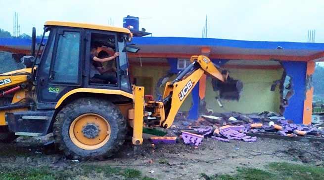 Arunachal:Potom evicts several structures adjacent to Naharlagun helipad