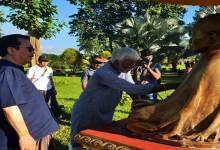 Photo of Eminent sculptor of Assam, Biren Singha on Namsai tour