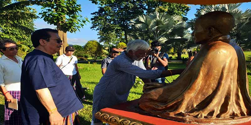Eminent sculptor of Assam, Biren Singha on Namsai tour
