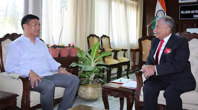 Arunachal: Chief Minister calls on the Governor
