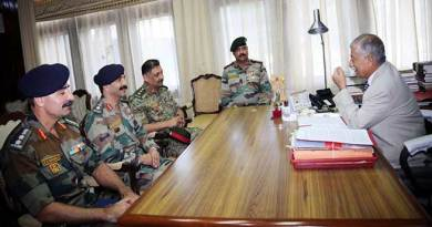 Arunachal: Governor meets the Commanding Officers of NCC battalions