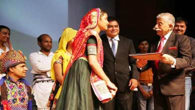 Photo of Arunachal: Governor interacts with Gujrat's theatre artists