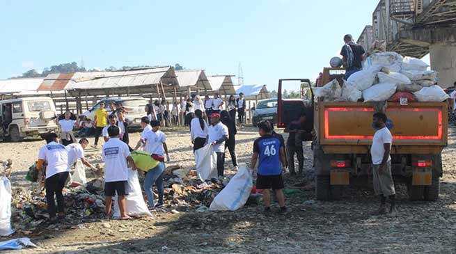 Arunachal: 500 volunteers takes part in Dikrong River cleaning mission