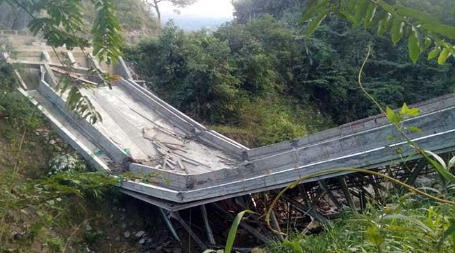 Arunachal: Under construction steel suspension bridge near Balemu collapse, 4 injured