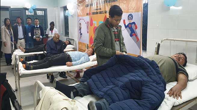APCS aspirants donate 105 units of Blood in service of humanity