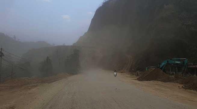 Itanagar: Dust Storm like scene along under construction NH-415