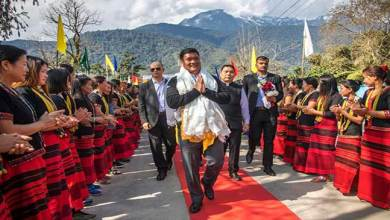 Photo of Arunachal: Pema Khandu visits Tuting along with MP and MLAs