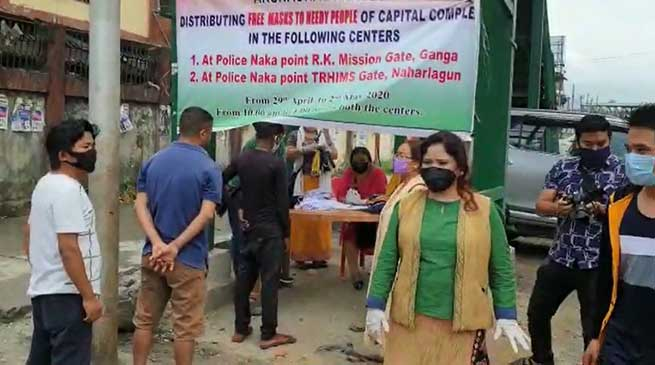 BJP Mahila Morcha begins free Mask distribution camp in twin capital city