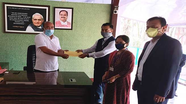 MWSAP handed over an amount of Rs.75000/- to CM of Manipur