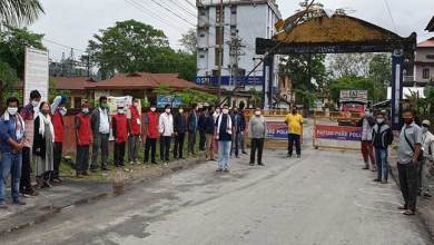 Photo of Coronavirus Lockdown: Locals demand complete seal of Kimin check gate