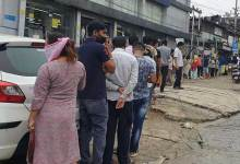 Itanagar- Long queue of shopkeepers to buy cigarette