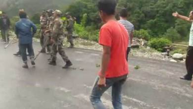 Photo of Arunachal: Scuffle reported between army and civilian at road blockade in Jameri