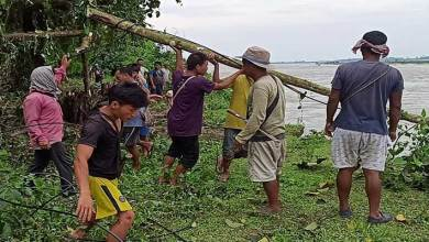 Photo of Arunachal: Villagers carry out voluntary flood protection works to minimize soil erosion
