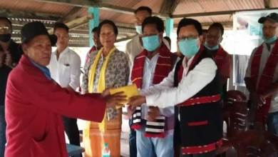 Photo of Arunachal: AMBK distributes 2ndphase flood relief of Rs. 1.5 lakh to flood affected villages