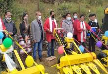 Photo of Arunachal: Tsering Tashi distributes solar Fencing to Audung and Khardung Villages