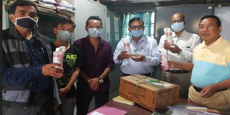 Arunachal: AESDSU distributes sanitizers to schools