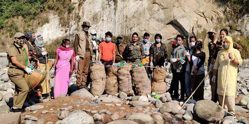 Arunachal:  Cleanliness drive conducted in the Kameng River