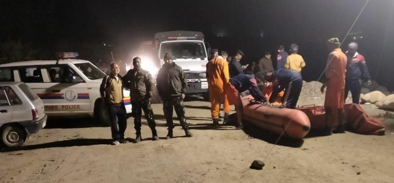 Arunachal: Doimukh police, NDRF rescue 7 people stranded in Dikrong riverside
