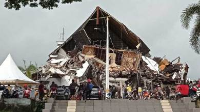 Indonesia earthquake kills 35, hundreds injured in Sulawesi