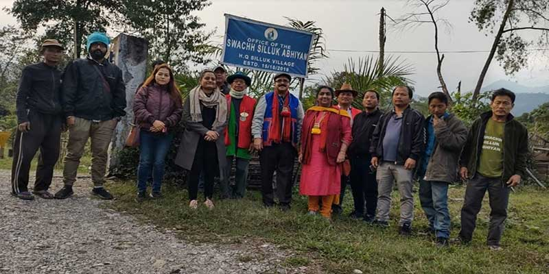 Arunachal: OSD to CS visits Silluk Village, the Cleanest village of East Siang Dist.