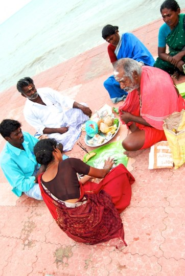 photos from Agniteertham in Rameshwaram by Arun Shanbhag