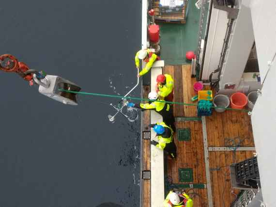 Sediment trap deployment (Picture: Bodil Bluhm, UiT)