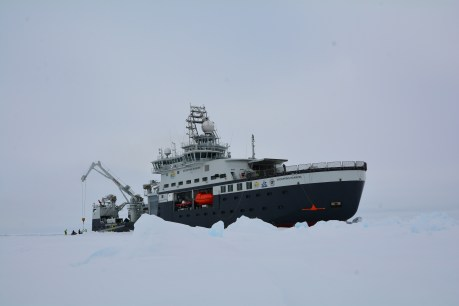 "Norway's new research icebreaker ""Kronprins Haakon"" (Picture: Øystein Mikkelborg, NPI)"