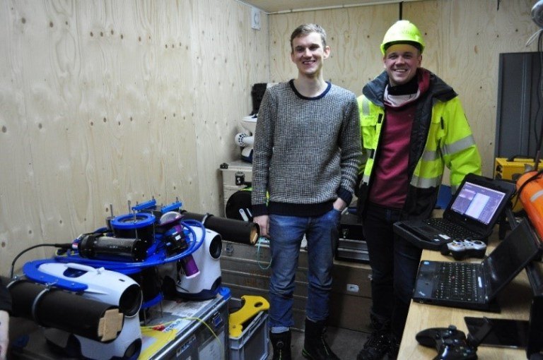 Boys with toys: Jens and Tore (Foto: Philipp Assmy)