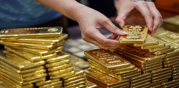 Photo of Gold costs present dramatic droop after historic rise