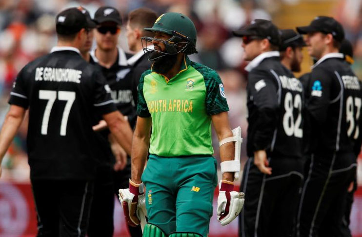 Photo of New Zealand limit South Africa to 241-6 in truncated recreation