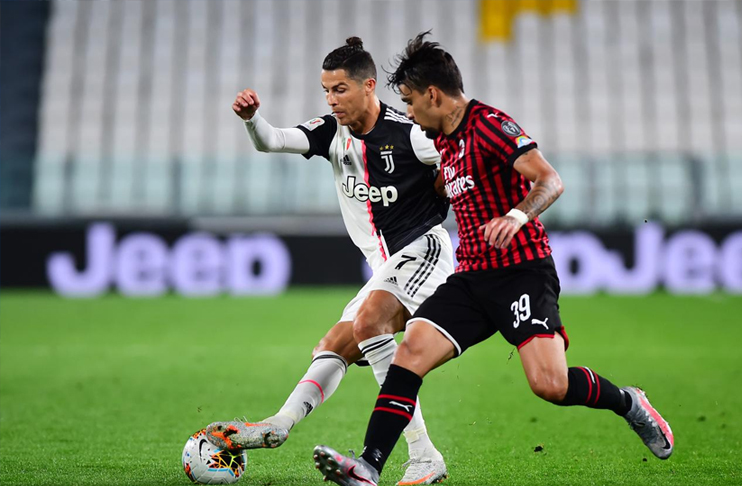 Photo of Ronaldo misses penalty as Juventus squeeze into final with Milan draw
