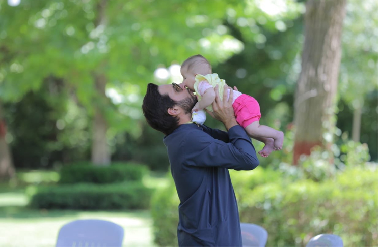 Photo of 'I've missed holding this one' Shahid Afridi, members of the family recovers from COVID-19