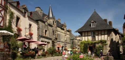 Dans-les-rues-de-Rochefort-36-700x337
