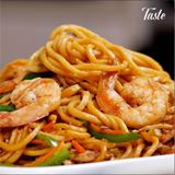 Read more about the article Noodle Stir Fry With Shrimp and Chicken