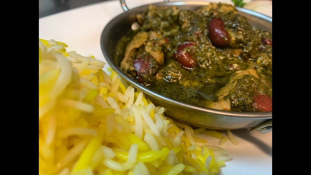 Read more about the article How To Make Persian Ghorme Sabzi With Lamb