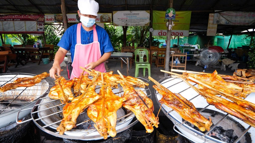 Thai Street Food – GRILLED CHICKEN Basin!! 🐓 🍗 How These SKINNY CHICKENS Have the BEST Flavor!!