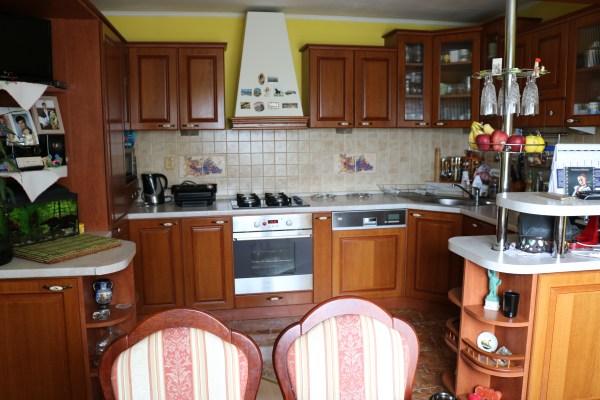 Kuchynská linka, rodinný dom, Pohorelá