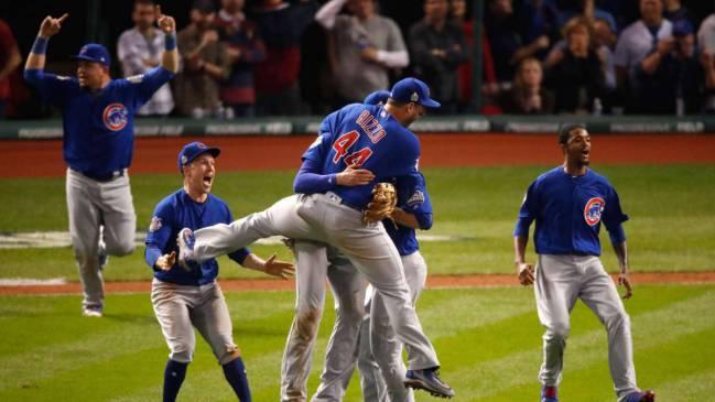 Los Chicago Cubs celebran el título de las Series Mundiales de béisbol.