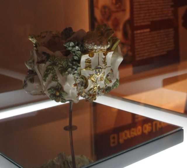 Fotografía del florero de Llorente