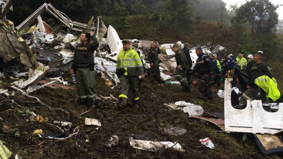 Image result for PLANE CARRYING TOP BRAZILIAN CHAPECOENSE FOOTBALL TEAM CRASHES