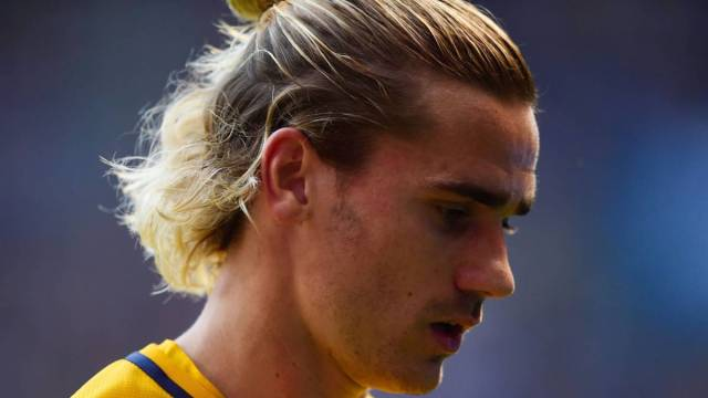 LaLiga Griezmann  leaves Atl tico team photo early image