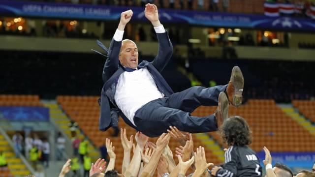 Zidane manteado, Un Madrid para la historia: gana el doblete 59 años después
