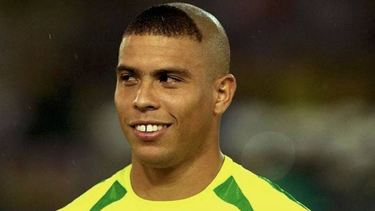 Image result for ronaldo haircut 2002
