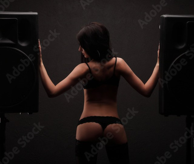 Sexy Young Girl In Lingerie Dance Between Two Big Black Speakers Showing Ass
