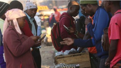 Photo of Zimbabwe court suspends warrant against mobile phone operator