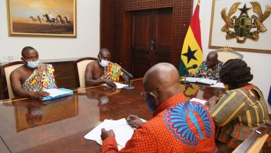 Photo of Royal Kente Weavers commend Akufo-Addo for his government's decisive social interventions