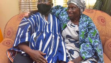 Photo of Vice-President Bawumia hands over house to 82-year-old abandoned leper