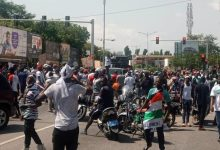 Some irate youth of the NDC at the Electoral Commission headquarters