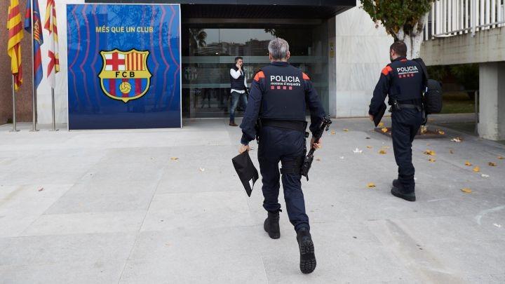Barcelona police raid