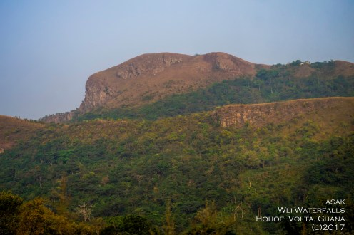 mountains-in-Biakpa